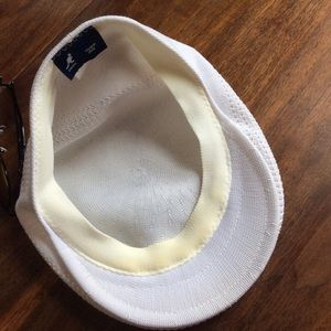 Kangol Accessories - Kangol Tropic 504 Ventair Flat Ivy Cap White